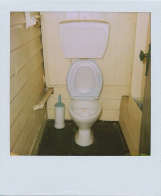 """My grandmother's house"" (del blog Take Nothing But Polaroids)"